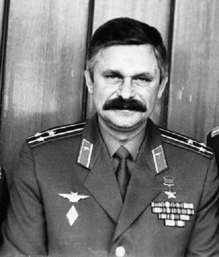 Биография Руцкого